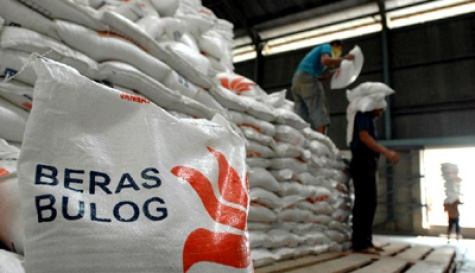 Bulog Distribusikan  30 Ton Beras Medium
