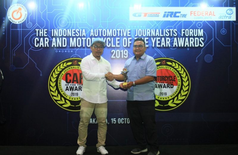 Suzuki Raih The Best Five Choice FORWOT Car and Motorcycle of the Year 2019