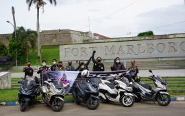 Rolling City PCX Luxurious Ride
